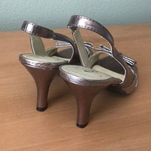 Chinese Laundry Shoes - Chinese laundry gold shimmer heels